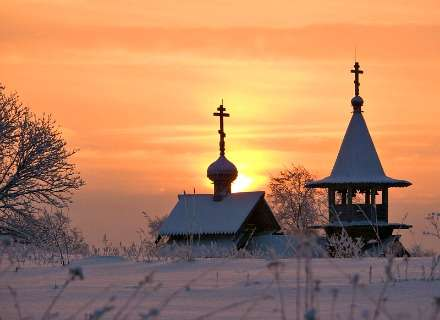 Winter St. Petersburg, Kizhi Island and Karelian Village Discovery Tour (KL-10)